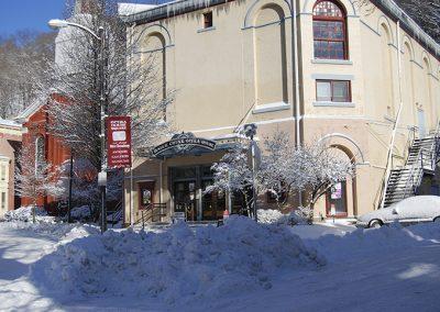1881 Opera House in winter
