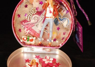 Hanna Montana - $56.00 in lunch tin